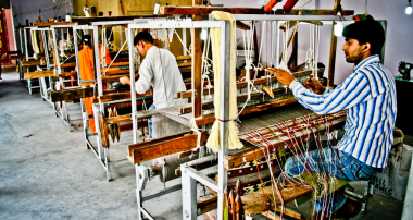 Promote The Handloom Industry Of India Through Kraftly.Com