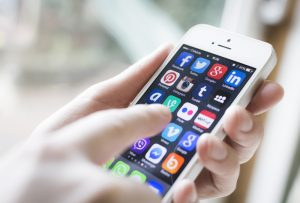 10 Reasons Why Your Business Needs a Mobile App