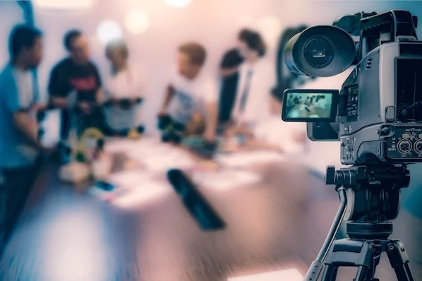 Popping On Screen: 9 Must-See Video Marketing Tips for Your Business
