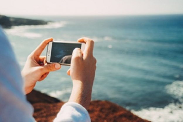 Effective Ways to Protect Your Phone When Traveling Abroad